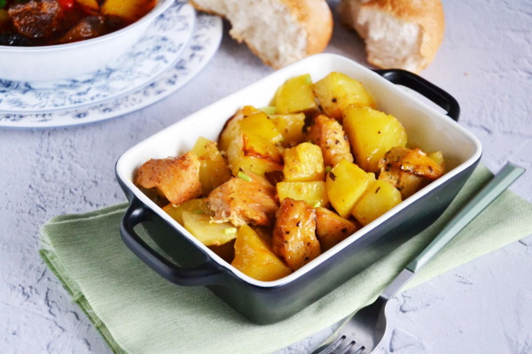 Филе бедра индейки. Рецепты, как приготовить мягкой и сочной в духовке, мультиварке