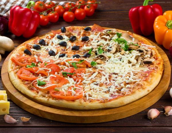 Итальянская пицца на тонком тесте. Рецепт оригинальная пошагово в духовке