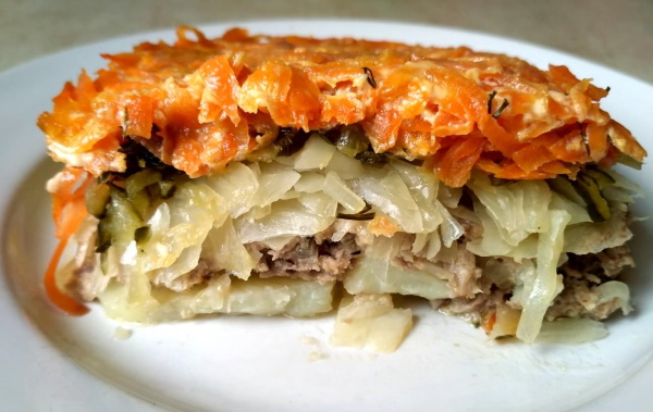 Мясная запеканка в духовке, мультиварке, микроволновке. Рецепты с картофелем, овощами, кабачком, макаронами