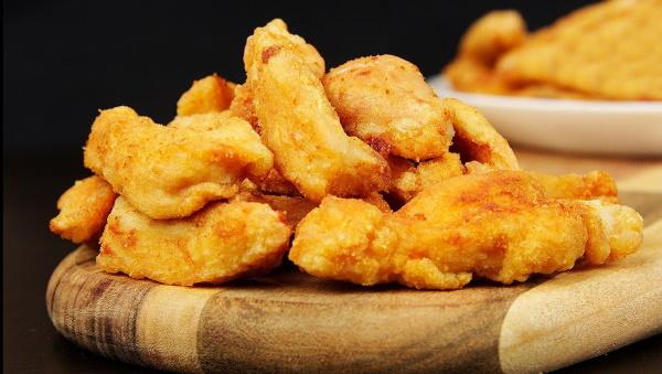 Нагенцы (наггетсы) из филе грудки курицы. Рецепты на сковороде, в духовке