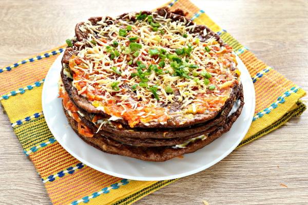 Печеночный торт из куриной печени. Рецепты с грибами, луком, морковью, пошагово с фото