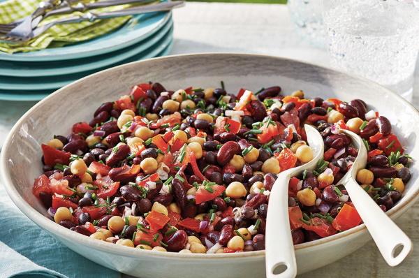 Салат с фасолью консервированной белой, красной. Рецепты простые пошагово с фото