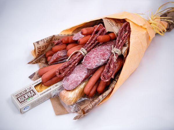 Красивая нарезка колбасы и сыра на праздничный стол. Как сделать пошагово с фото