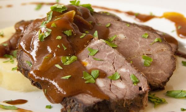 Что приготовить из говядины на ужин, второе, праздничный стол. Рецепты в духовке, мультиварке, казане