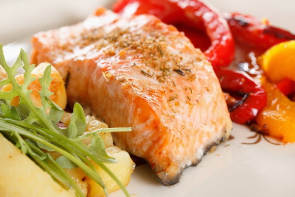 Кета рыба. Рецепты приготовления, засолка, на сковороде, с картошкой в духовке, пароварке