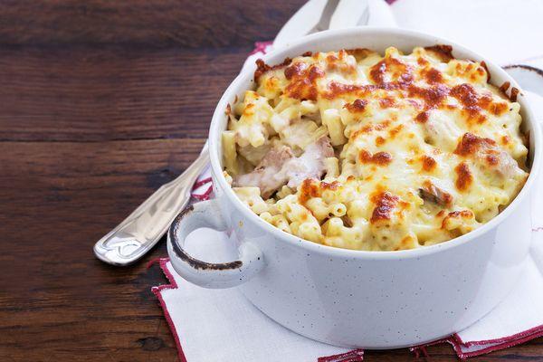Макароны с мясом в духовке. Рецепты с сыром, молоком, сметаной, сливками, соусом бешамель