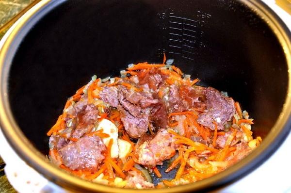 Мясо с гречкой в мультиварке, духовке, на сковороде. Рецепты с подливкой, грибами, овощами