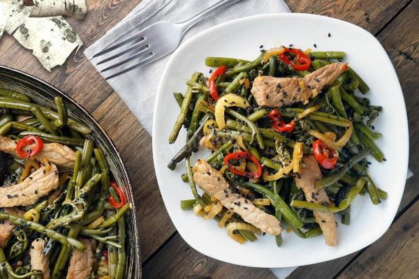 Папоротник соленый. Рецепты приготовления с мясом, картошкой, сметаной, луком, морковью, салата на зиму