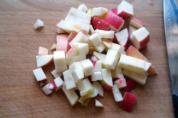 Салат из крабовых палочек и пекинской капусты. Рецепты вкусные с сухариками, кукурузой, огурцом, помидорами