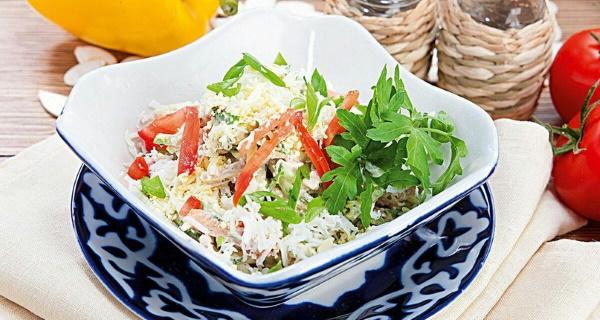 Салат Папараць-кветка. Рецепты с огурцами, курицей, говядиной слоями, колбасой, ветчиной
