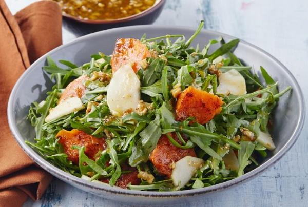 Салаты из тыквы. Рецепты быстро и вкусно на зиму, с редькой, свеклой, мясом, рукколой, курицей, грушей
