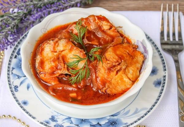 Соусы к рыбе, запеченной в духовке. Рецепты простые из сметаны, с соевым соусом, солеными огурцами, авокадо