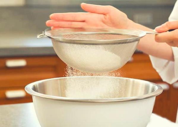 Блинчики с мясом. Рецепты с фаршем, рисом, грибами, капустой, яйцом, картошкой на молоке, кефире, воде