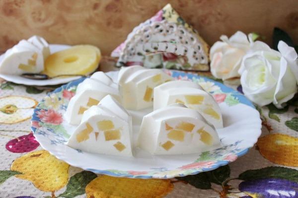 Десерты из творога без выпечки. Рецепты с желатином, фруктами, малиной, агар-агаром, печеньем. Фото пошагово
