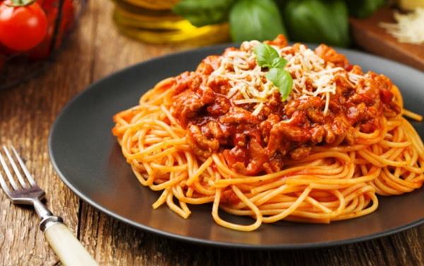 Как сделать подливу для макарон с мясом и без, из томатной пасты, муки, помидор, кетчупа