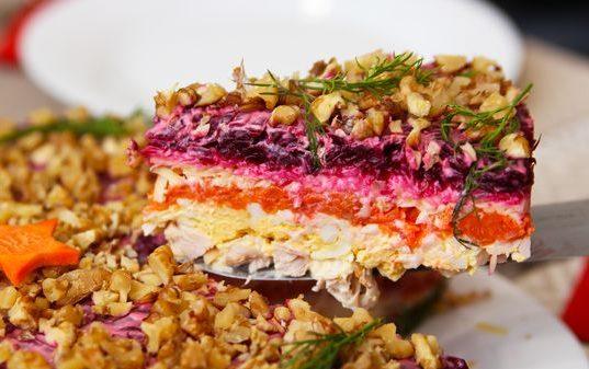 Салат Генеральский. Классический рецепт с говядиной, курицей на зиму, редькой, яблоком, морковью, свеклой