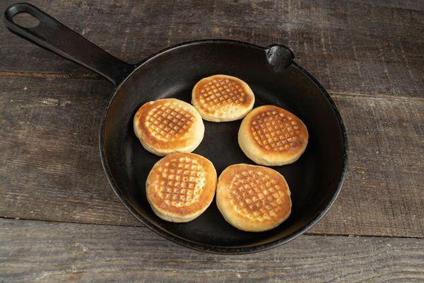 Самое простое печенье испечь быстро без масла, яиц, на скорую руку, из творога, кефира в духовке, на сковороде