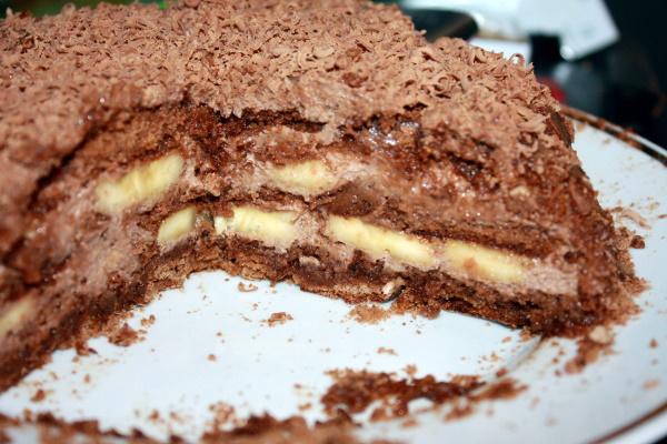 Торт из пряников без выпечки. Рецепты со сгущенкой, сметаной, фруктами, вишней, вареньем, творогом