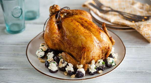 Цыплята-корнишоны. Рецепт в духовке, мультиварке, на мангале с картошкой, апельсинами, рисом, чесноком, розмарином