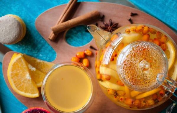 Чай из облепихи. Как приготовить, рецепты с имбирем, апельсином, медом, розмарином, мятой