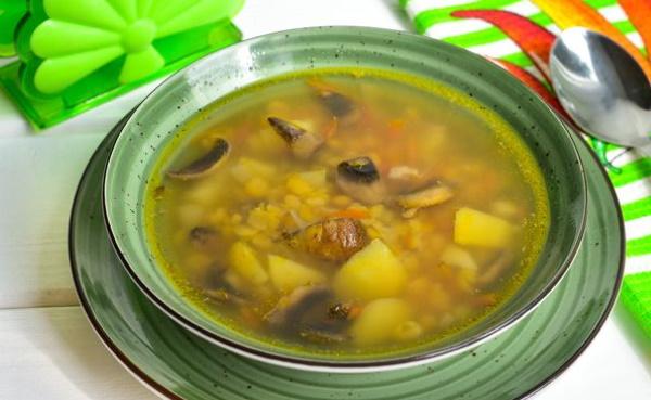 Гороховый суп без мяса. Рецепт в мультиварке, сковороварке, как сварить, приготовить с имбирем, грибами, картошкой, куркумой