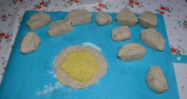 Карельские калитки из ржаной муки. Рецепты приготовления с разными начинками, картошкой, пшеном, рисом на кефире, сметане, молоке