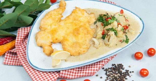 Куриный шницель в панировке. Рецепты в духовке, мультиварке, на сковороде от Ивлева, Высоцкой, Лазерсона