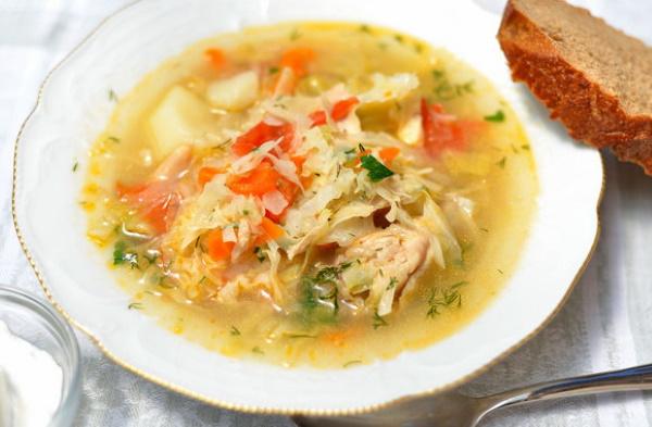 Суп из квашеной капусты. Рецепты в мультиварке, горшочке с мясом, курицей, грибами, тушенкой, постного