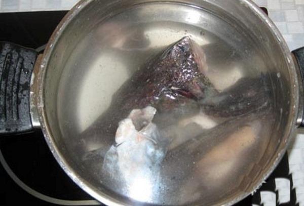Уха из осетра в домашних условиях. Рецепт в казане на костре, мультиварке по-царски с помидорами, пшеном, водкой, перловкой