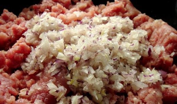 Вареники с квашеной капустой. Рецепты пошагово с картошкой, грибами, салом