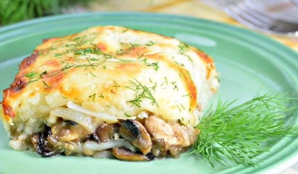 Запеканка картофельная с рыбой в духовке, мультиварке, на сковородке. Рецепты со сметаной, молоком, яйцом, грибами