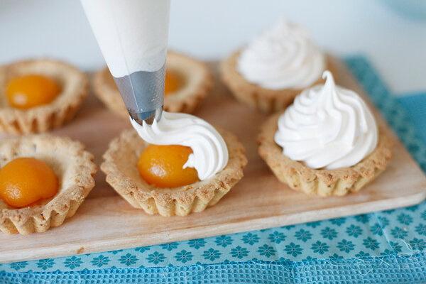 Зефирный крем для торта, капкейков. Рецепты, как приготовить со сметаной, сливками, фруктами