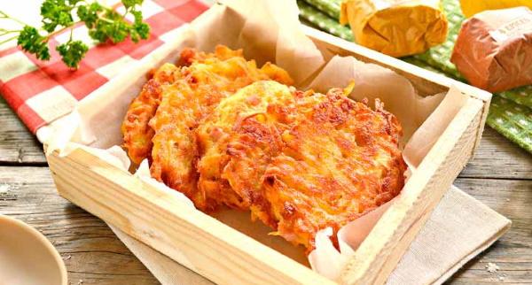Драники с сыром и картошкой. Рецепт на сковороде, в духовке с колбасой, ветчиной, грибами, кабачками