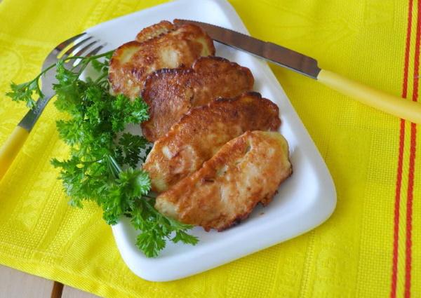 Горбуша в кляре на сковороде. Рецепт классический, без молока, с пивом, майонезом, сыром, луком, сметаной