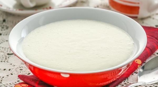 Как сварить манную кашу на молоке, воде без комочков. Пропорции в мультиварке, микроволновке
