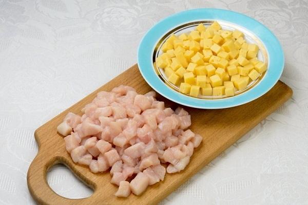 Картошка с опятами жареная на сковороде, в духовке, мультиварке. Рецепты со сметаной, курицей, мясом, луком