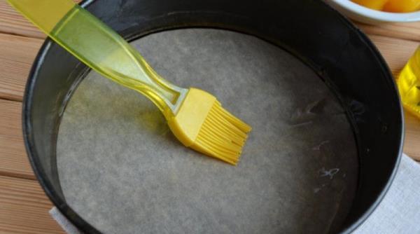 Манник на воде с яйцами. Рецепт в духовке, мультиварке без муки, разрыхлителя, меда с яблоками, вареньем, какао
