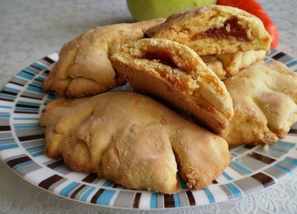Морковное печенье. Как приготовить дома, простой рецепт без яиц, сахара, с изюмом, курагой