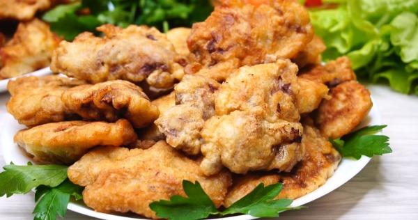 Куриная печень в кляре. Рецепт жареная с луком, майонезом, крахмалом, молоком