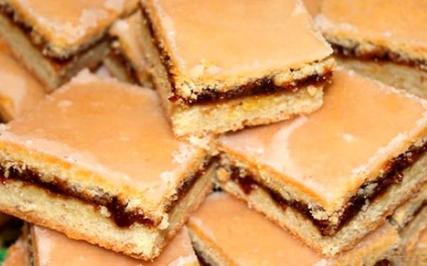 Печенье на кефире мягкие быстро, вкусно. Рецепты в духовке, на сковороде без яиц с творогом, вареньем, сыром