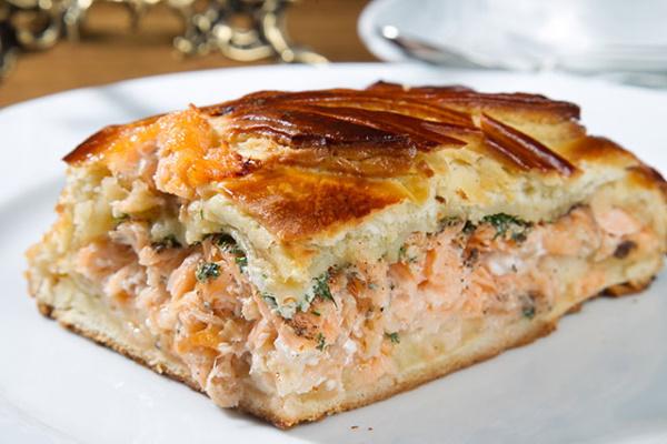 Рыбный пирог из свежей рыбы. Рецепты с картошкой, рисом, луком из слоеного, дрожжевого теста
