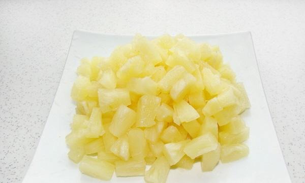 Салат Ромашка. Рецепт с фото пошагово с куриной печенью, корейской морковью, чипсами