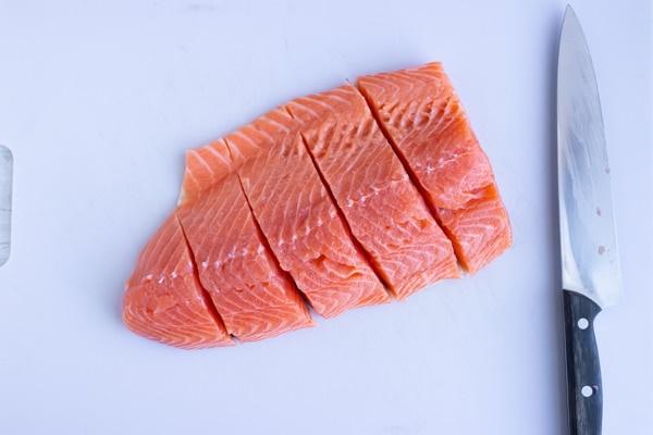 Шпикачки. Как приготовить своими руками, что это такое, рецепт из кальмаров, говядины, индейки, курицы