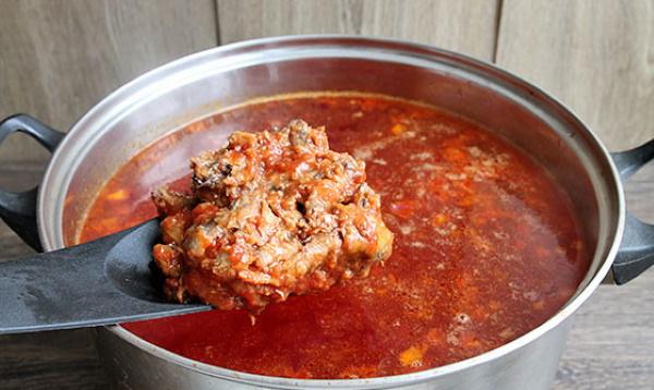Суп из кильки в томатном соусе. Рецепт с рисом, вермишелью, перловкой, пшеном