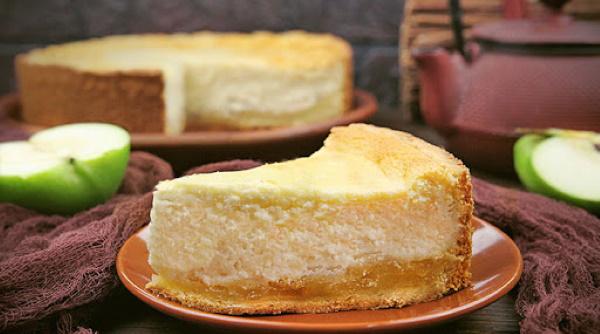 Творожная начинка для пирога из песочного, слоеного, дрожжевого теста. Рецепт с ягодами, желатином, вареньем