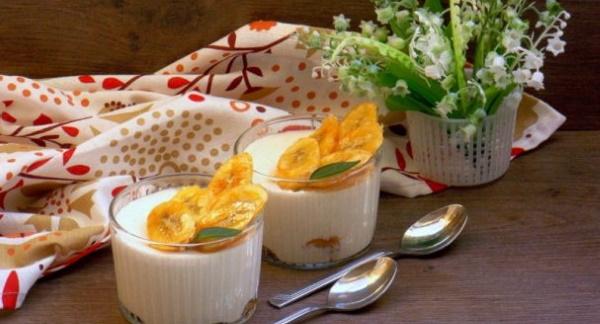 Десерт из ряженки и желатина. Рецепт без выпечки с какао, фруктами, бананом, кофе