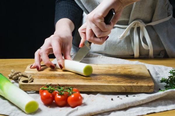 Хе из горбуши. Рецепт по-корейски, классический с морковью, луком в домашних условиях