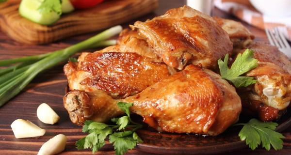 Как замариновать курицу для жарки на сковороде. Рецепт с майонезом, соевым соусом, кетчупом, горчицей