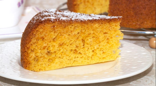Пироги на сыворотке в духовке, мультиварке. Рецепт без дрожжей, яиц с вареньем, яблоками, творогом, манкой