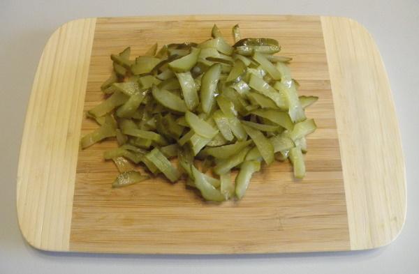 Салат с картошкой фри. Рецепт с фото, курицей, колбасой, грибами, морковкой по-корейски